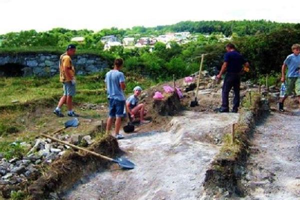 На Тернопільщині виявили прах козака, який боронив Теребовлянський замок (фото) - фото 1