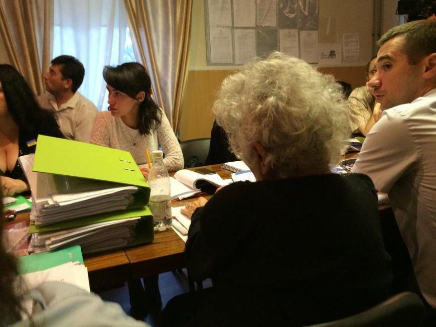 Мариупольский избирком зарегистрировал 22 кандидата, желающих стать мэром (ФОТО), фото-3