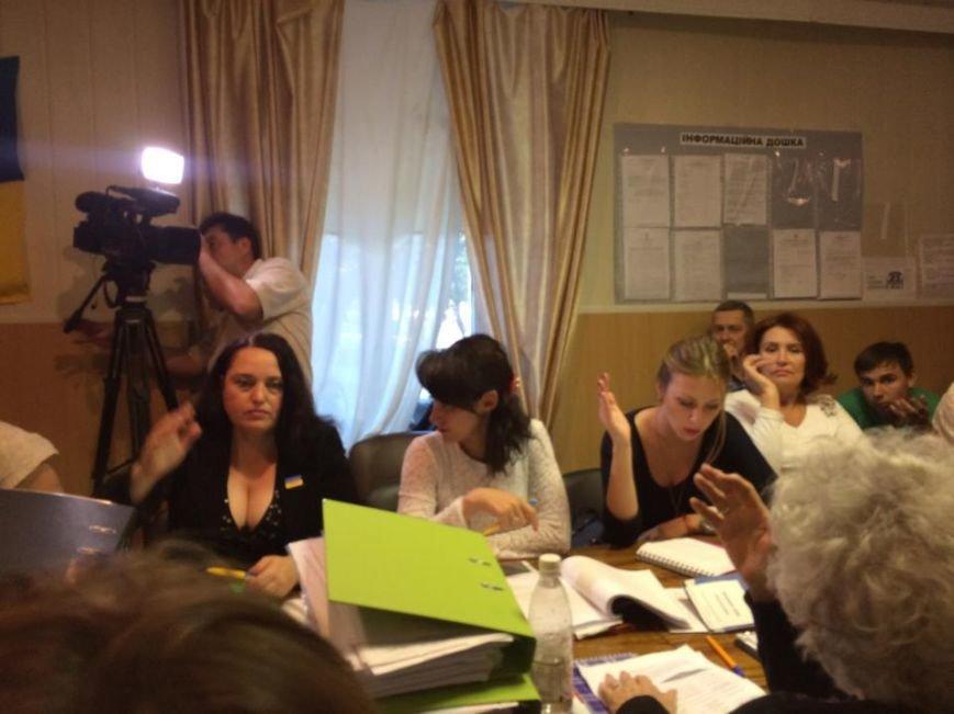Мариупольский избирком зарегистрировал 22 кандидата, желающих стать мэром (ФОТО), фото-2