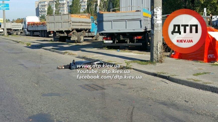 В Киеве на Кольцевой водитель Honda насмерть сбил пешехода (ФОТО), фото-3
