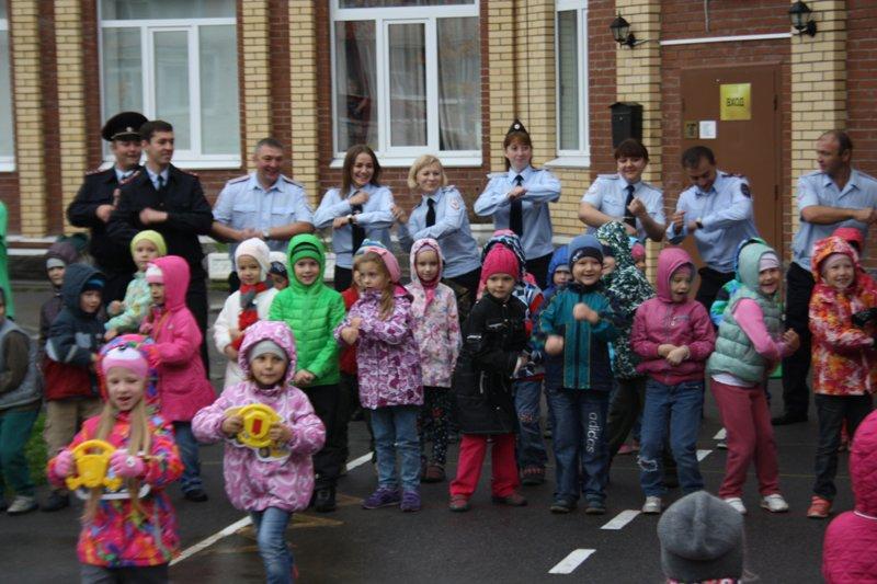 Как избежать увеличения детского травматизма на дорогах в Пушкине обсудили сотрудники ОГИБДД (фото) - фото 6