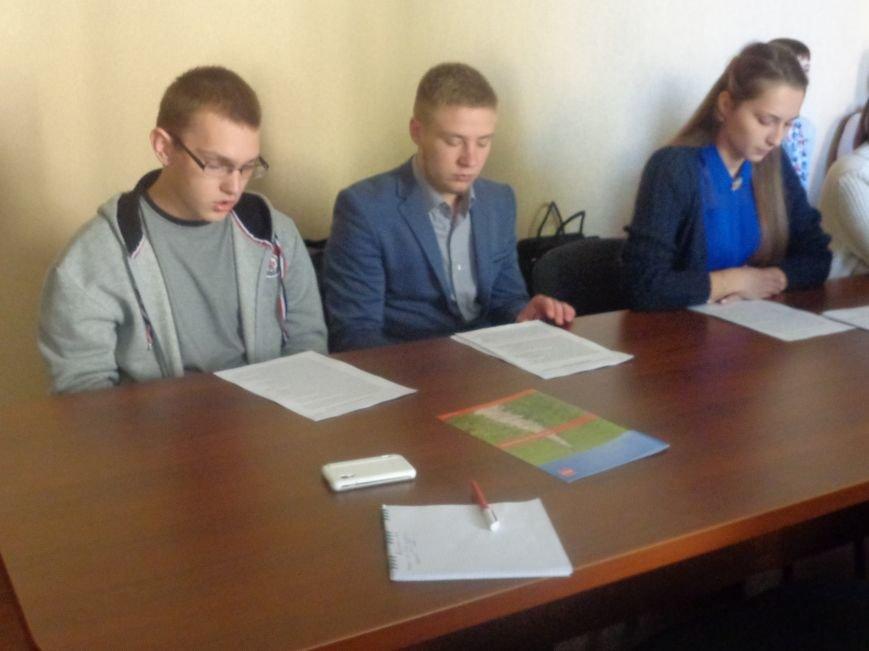 «Есть тысячи «нет» для каждого «да»» - в ДонНТУ Красноармейска прошел круглый стол, посвященный корпоративной культуре (фото) - фото 2