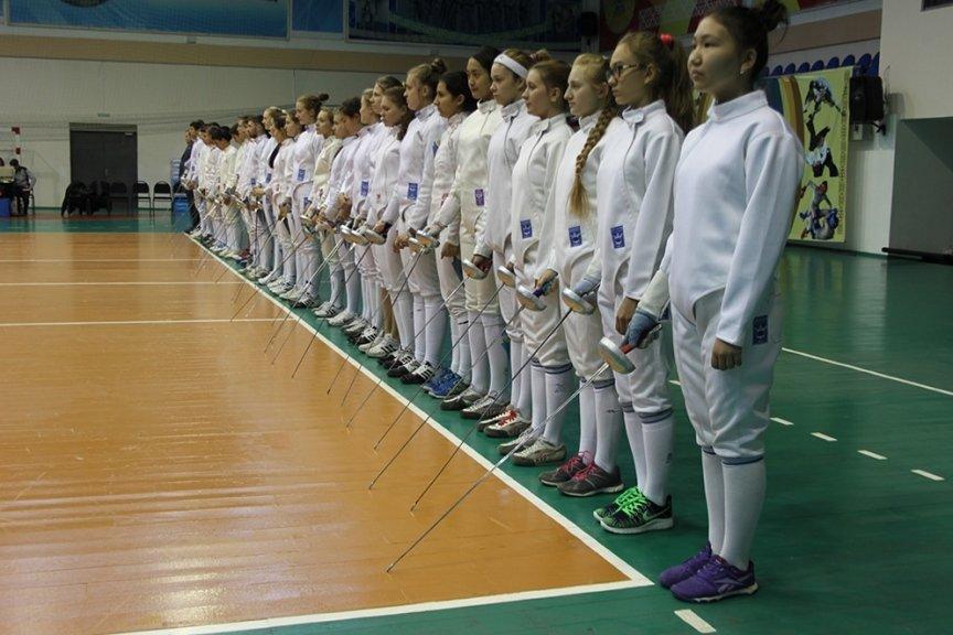 Фехтовальщики Усть-Каменогорска выиграли домашний Чемпионат Казахстана, фото-1