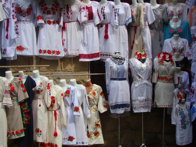 Коломийський ринок вишиванок - скарбниця української сорочки, фото-2