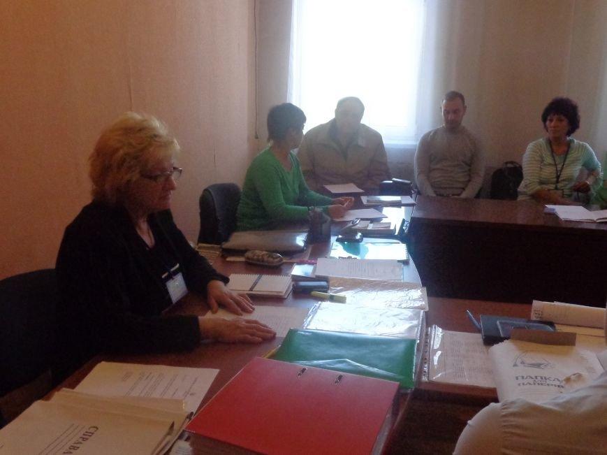 «Мы здесь работаем на город, а не на какую-то политическую партию» - регистрация кандидатов в Димитрове не обошлась без разногласий (фото) - фото 2