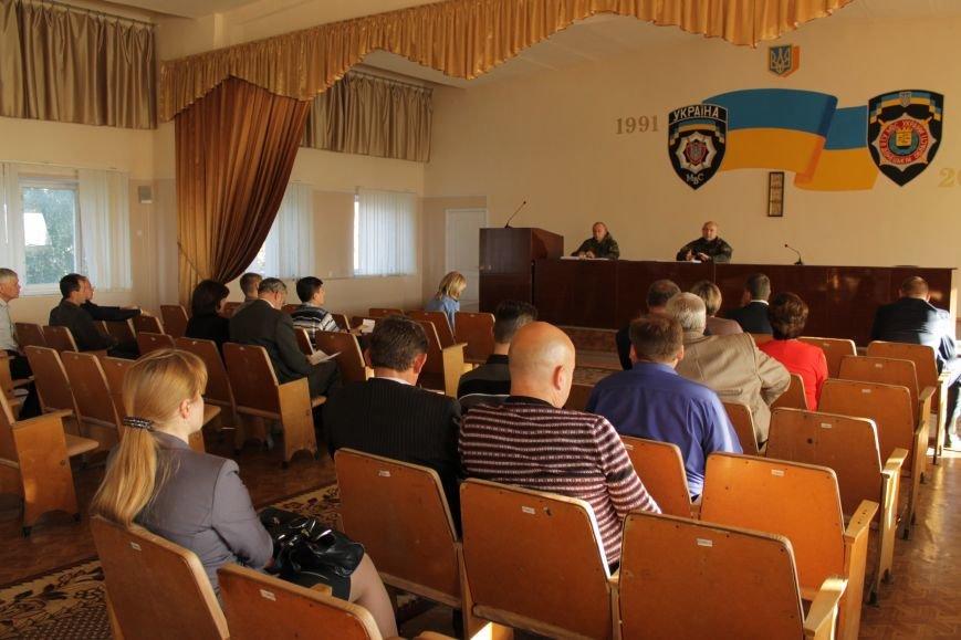 Начальник горотдела Доброполья порекомендовал не впутывать милицию в политику (ФОТО), фото-1