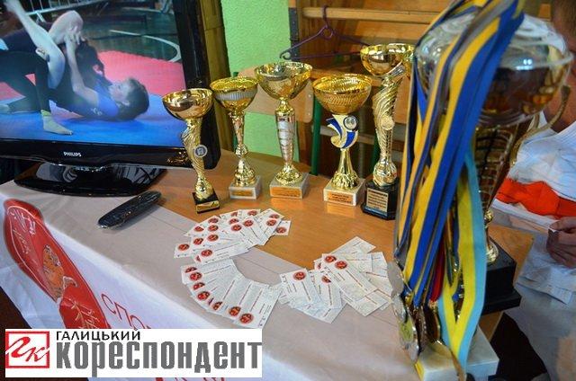"""Єдиноборства, ігрові види і """"Vertical limit"""": в Івано-Франківську відбувся """"Ярмарок спорту"""", фото-3"""