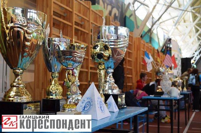 """Єдиноборства, ігрові види і """"Vertical limit"""": в Івано-Франківську відбувся """"Ярмарок спорту"""", фото-11"""