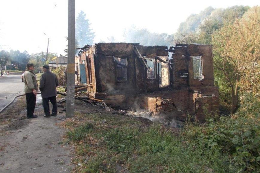 В Черниговский области в результате ДТП был уничтожен дом (фото) - фото 1
