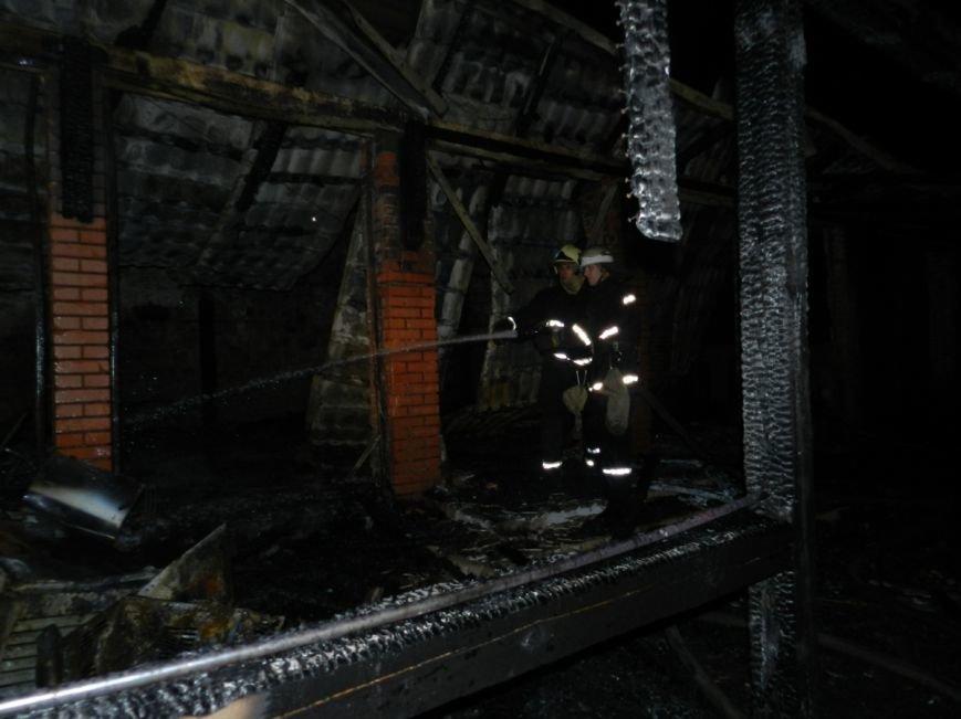 В Херсоне ночью горело кафе (фото) - фото 1