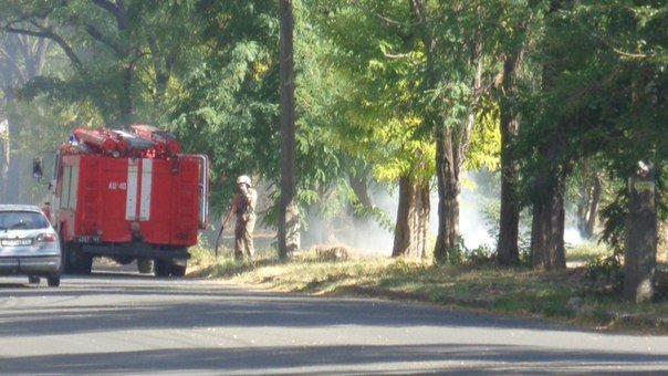 Пожар у базы Нацгвардии в Мариуполе встревожил  местных жителей (ФОТОФАКТ), фото-5