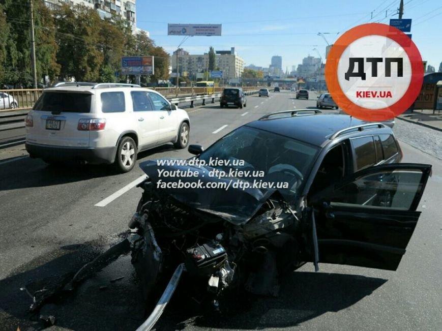 На Победы столкнулись два легковых авто, есть пострадавшие (ФОТО), фото-3