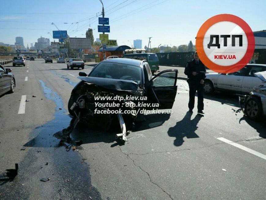 На Победы столкнулись два легковых авто, есть пострадавшие (ФОТО), фото-7
