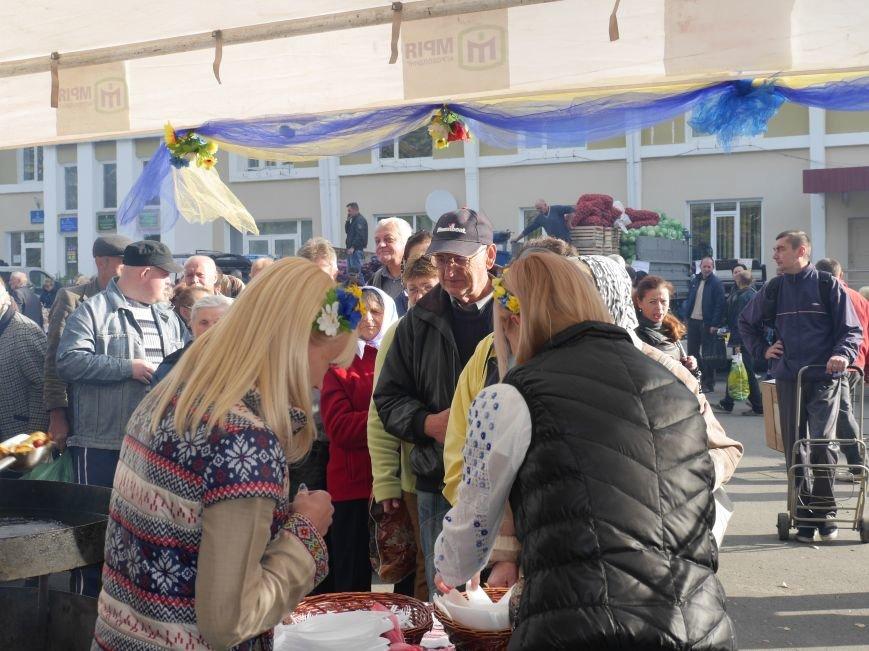 """Агрохолдинг """"МРІЯ"""" безкоштовно частував тернополян на сільськогосподарському ярмарку (ФОТОРЕПОРТАЖ) (фото) - фото 5"""