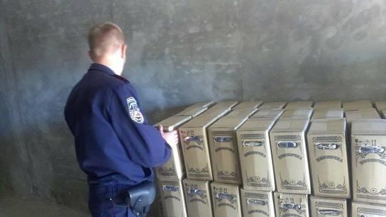Под Киевом милиция изъяла алкоголя на 300 тыс. грн (ФОТО) (фото) - фото 1