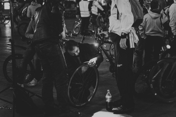 Нічне катання велосипедом по Львову. Як це було (ФОТОРЕПОРТАЖ) (фото) - фото 2