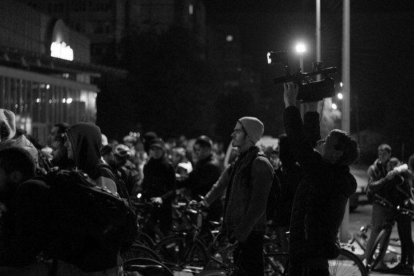 Нічне катання велосипедом по Львову. Як це було (ФОТОРЕПОРТАЖ) (фото) - фото 4