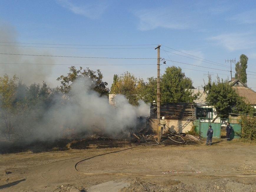 На ул. Дзержинского загорелось частное домовладение (ФОТО), фото-2