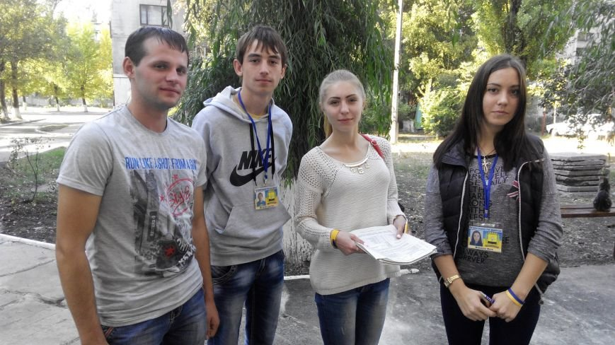 Патриоты Донбасса узнали у димитровчан об их отношении к переименованию улиц города (фото) - фото 1