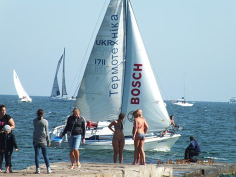 В Одессе на календаре — 66-е августа. Пляжи забиты отдыхающими (ФОТО) (фото) - фото 1