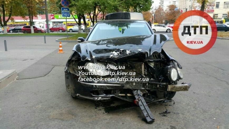 На Воздухофлотском столкнулись Hyundai и Mercedes (ФОТО), фото-2