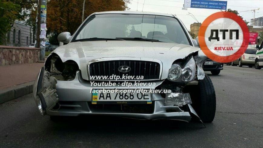 На Воздухофлотском столкнулись Hyundai и Mercedes (ФОТО), фото-4