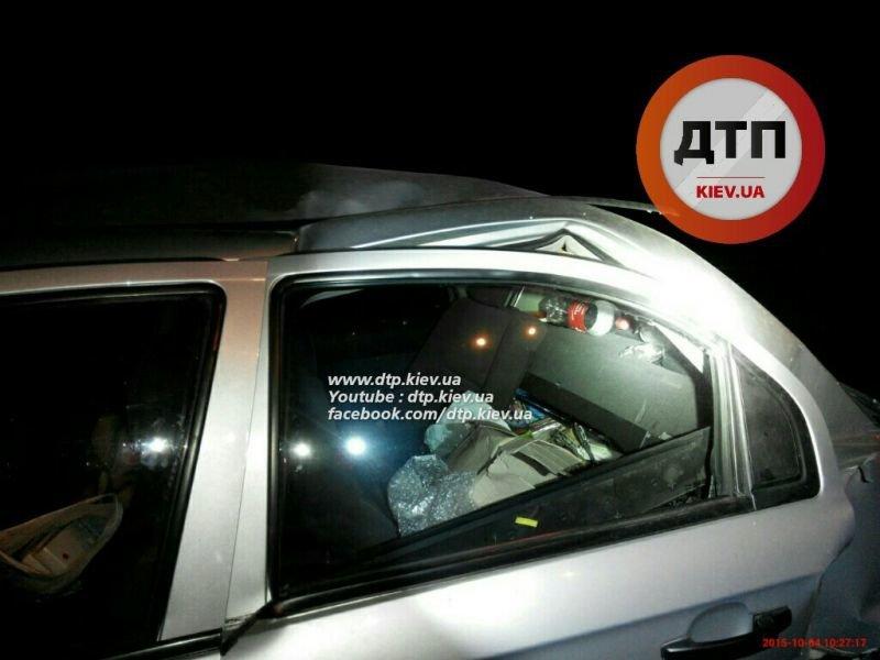 На Броварском в результате ДТП загорелся автомобиль (ФОТО), фото-1