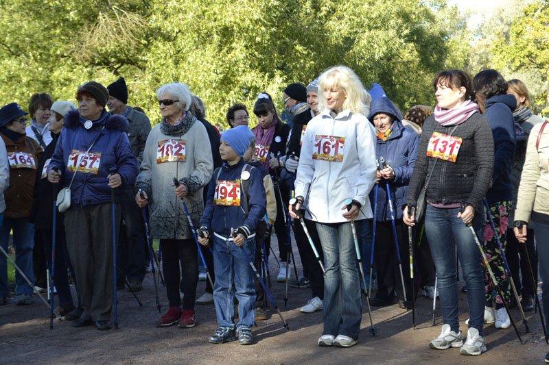 Энергично провели Всероссийский день ходьбы в городе Пушкине (фото) - фото 7