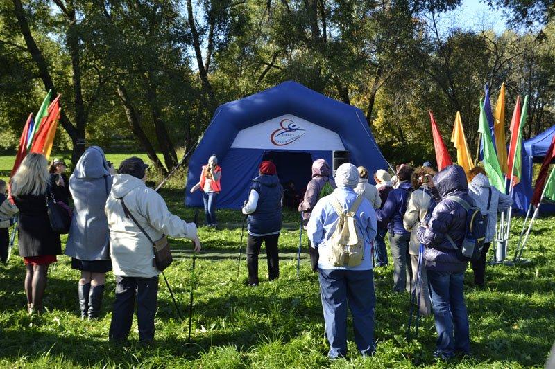 Энергично провели Всероссийский день ходьбы в городе Пушкине (фото) - фото 1
