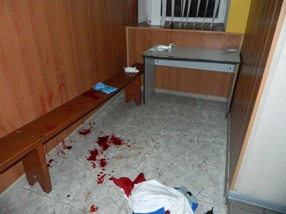 На Подоле алкоголик ударил ножом прохожего из-за замечания (ФОТО) (фото) - фото 1