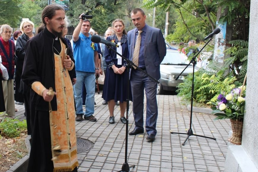 В Симферополе открыли памятную доску поэту-фронтовику (ФОТОФАКТ) (фото) - фото 5