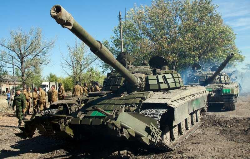 Как выводили танки «ЛНР» из Луганска (ФОТОРЕПОРТАЖ) (фото) - фото 3