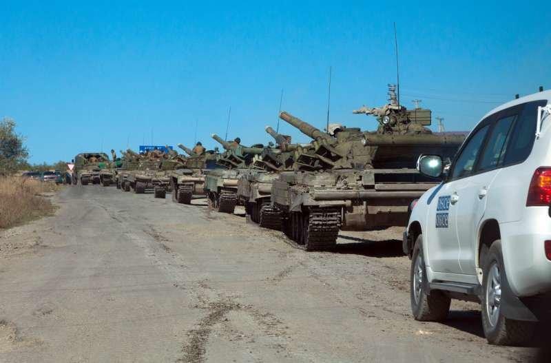 Как выводили танки «ЛНР» из Луганска (ФОТОРЕПОРТАЖ) (фото) - фото 8