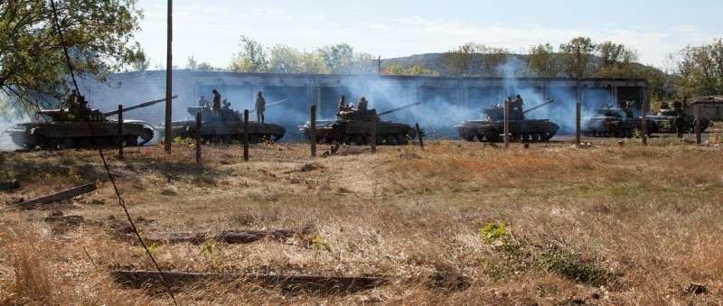 Как выводили танки «ЛНР» из Луганска (ФОТОРЕПОРТАЖ) (фото) - фото 6