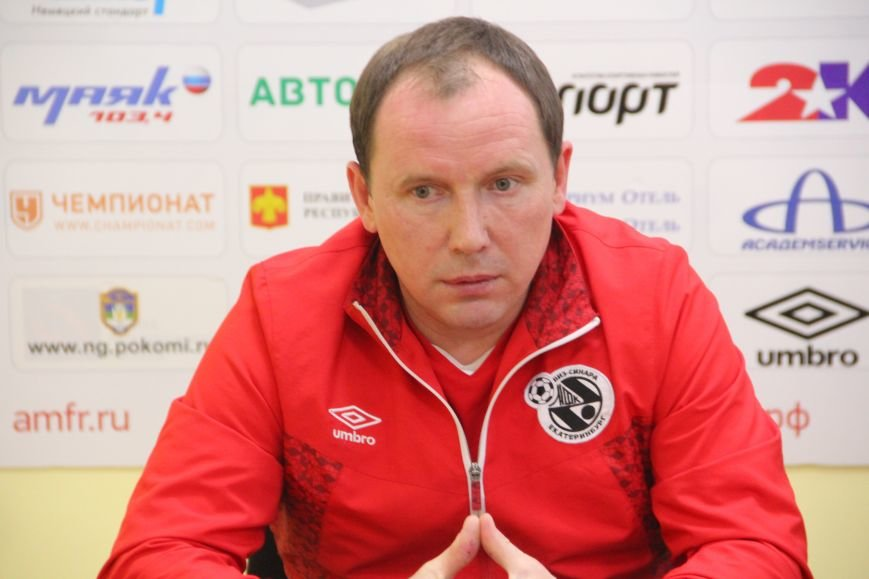 Во втором матче футболисты Коми также проиграли екатеринбуржцам, фото-1