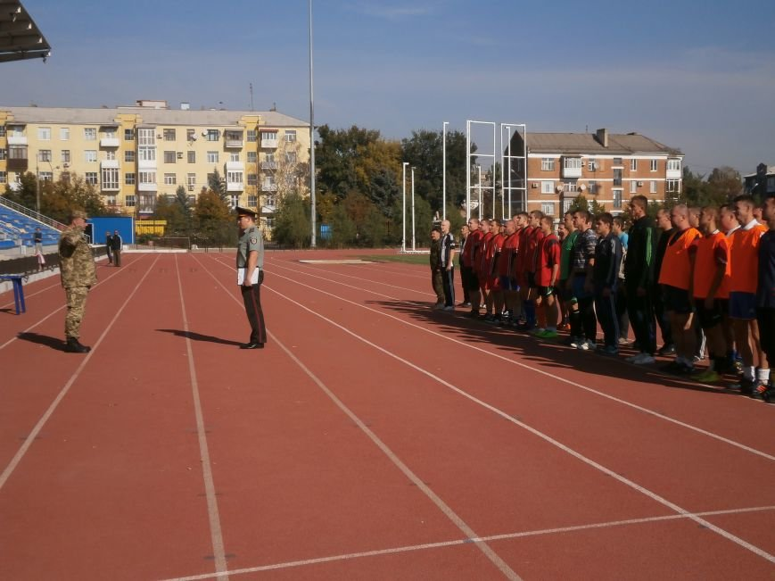 На стадионе «Металлург» открылся турнир по мини-футболу между силовыми структурами города (фото) - фото 1