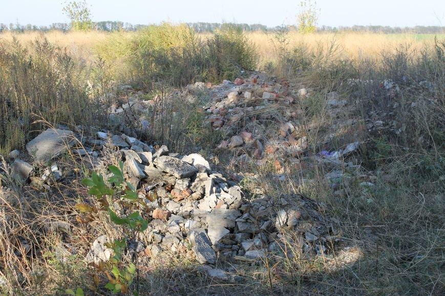 Несанкционированная свалка за городом Белицкое (ФОТО), фото-3