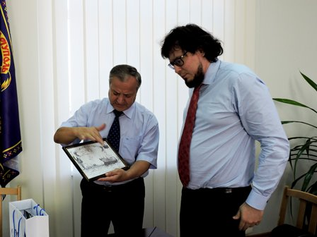 Мэр Мариуполя хочет вернуть графу «национальность» в документы (ФОТО) (фото) - фото 1