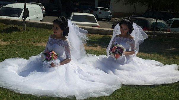 Братья-близнецы женятся на сестрах-близняшках в Актау (фото) - фото 1