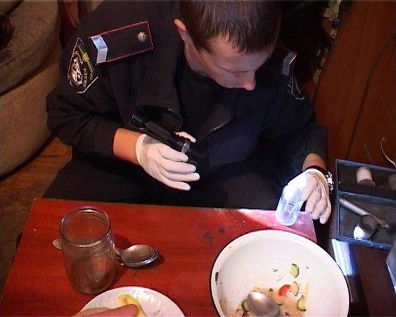 В Деснянском районе именинник зарезал гостя (ФОТО, ВИДЕО) (фото) - фото 3