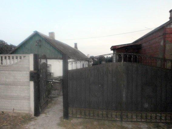 В окрестностях Мариуполя обнаружен склад боеприпасов (ФОТО) (фото) - фото 1