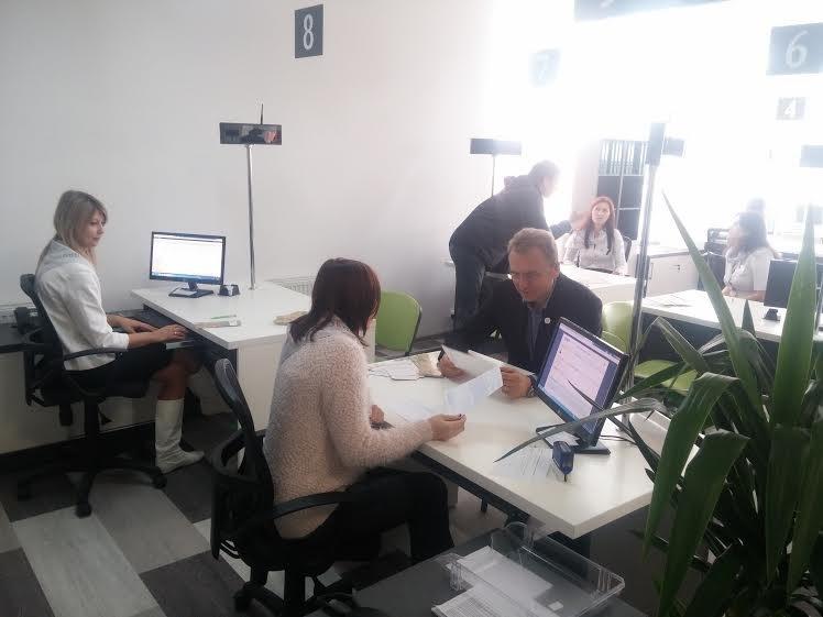На Сихові відкрили новий Центр надання адміністративних послуг (ФОТО) (фото) - фото 3