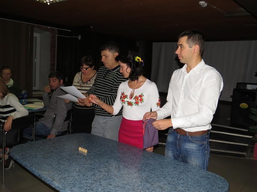 В Мариуполе теркомиссия хотела выгнать журналистов,  зарылась в жалобах и отстранила председателя районной комиссии (ФОТО) (фото) - фото 3