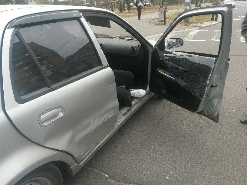 Роковой перекресток: в центре Мариуполя столкнулось 5 автомобилей (ФОТО), фото-5
