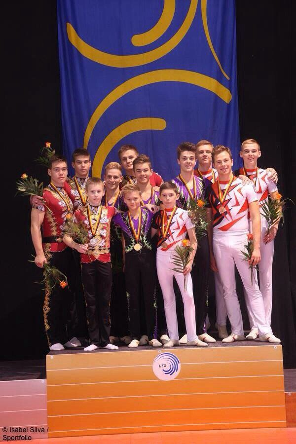 Днепродзержинцы завоевали бронзу на Чемпионате Европы по спортивной акробатике (фото) - фото 1
