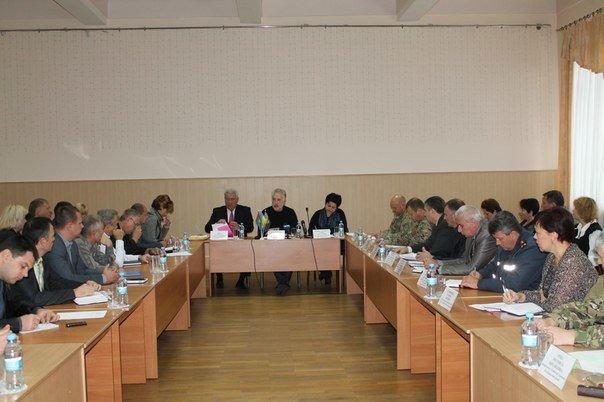 Губернатор в неформальной обстановке встретился с бизнесом Артемовска-Бахмута (фото) - фото 1