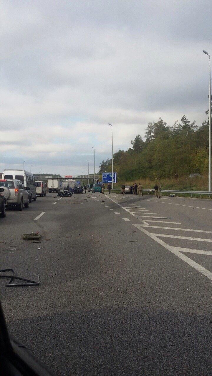 Под Киевом водитель «Жигулей» погиб после столкновения со «Шкодой» (ФОТО) (фото) - фото 1