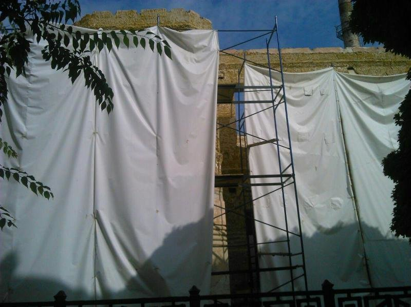 Совмин отдает в аренду застройщику 11 соток земли под недостроем в центре Симферополя для его реконструкции в офисное здание (ФОТО) (фото) - фото 2