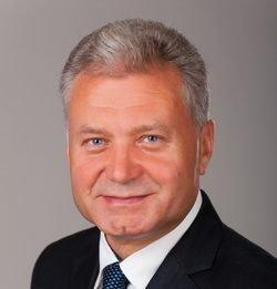 Кто из черниговских депутатов голосовал за раздачу 20 миллионов? (фото) - фото 26