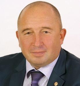 Кто из черниговских депутатов голосовал за раздачу 20 миллионов? (фото) - фото 11